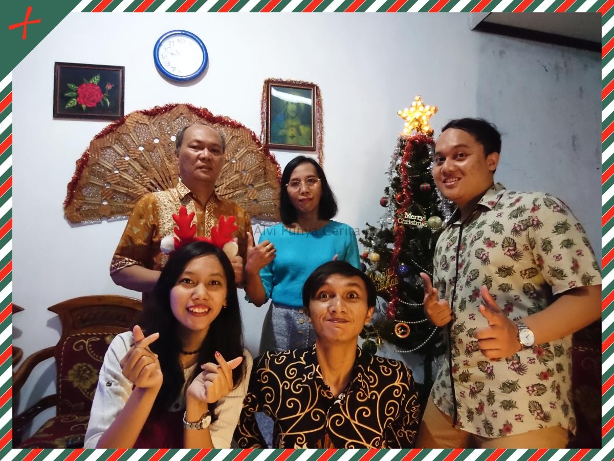 Merayakan Natal Bersama Keluarga diRumah